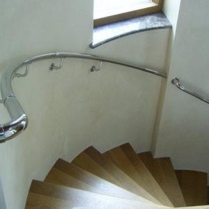 Поручень настенный для винтовой лестницы