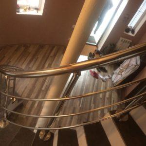 Перила из нержавеющей стали для винтовой лестницы